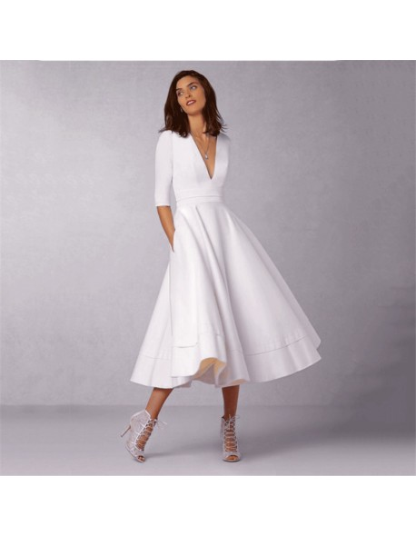 CYAN Vintage Winter Autumn Dress Women 2018 Casual Plus Size Elegant Ball Gown Party Dresses Female Sexy V Neck Long White Dress