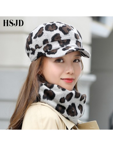 New Vintage Woolen Leopard Print Captain Hat Women Flat Top Winter Cap Beret Hat Scarf Set Female Thick Baseball Cap Painter Hat